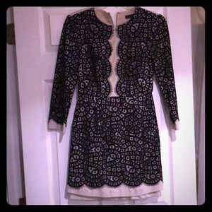 BCBG Patterned long sleeve dress